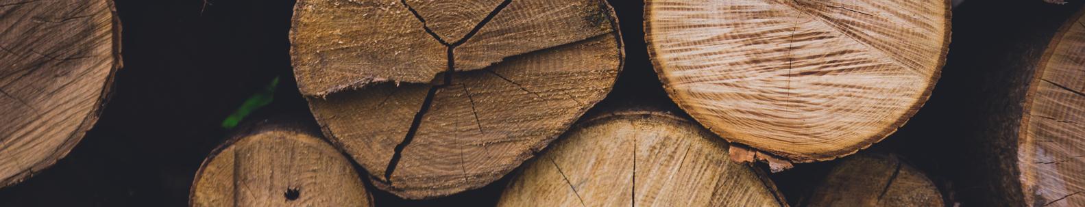 Staklės malkoms skaldyti  Pažangios, aukštos kokybės staklės malkoms skaldyti