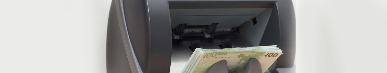 Pinigų skaičiavimo aparatai,  pinigų pakavimo aparatai