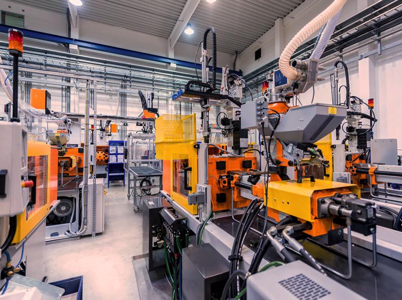 Staklių pajungimas, paleidimas, derinimas   Montuojame automatines stakles ir kitą pramoninę įrangą, atliekame paruošimą, suderiname stakles efektyviam darbui.  Esant poreikiui apmokome darbuotojus dirbti naujomis staklėmis.